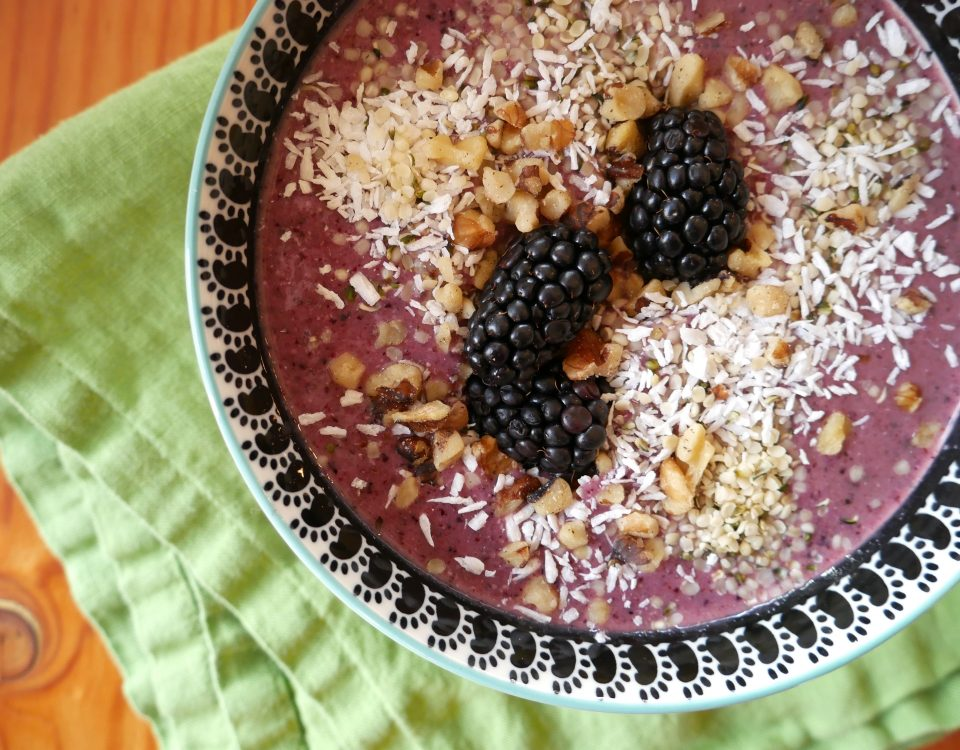Blueberry Chia Smoothie Bowl